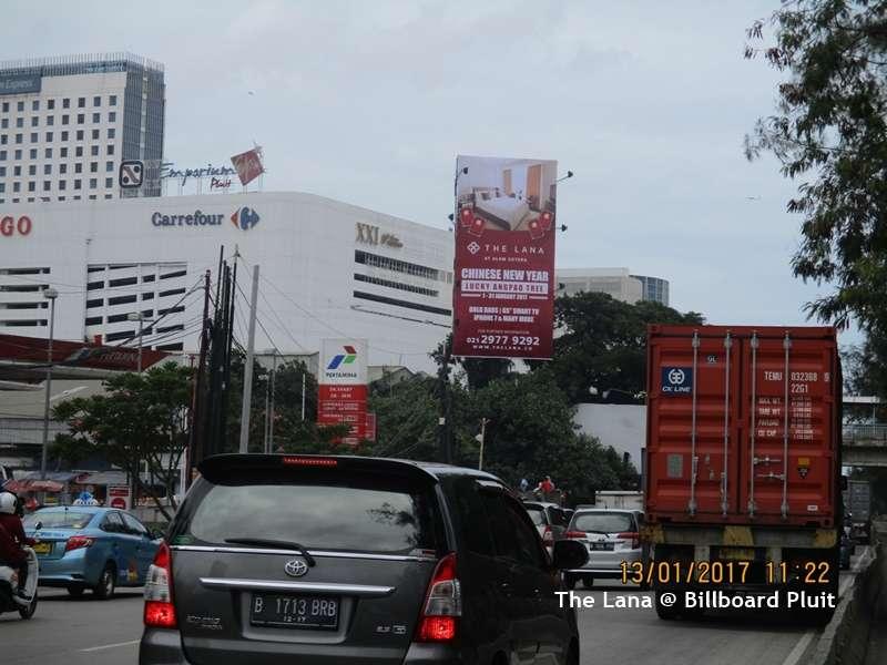 Billboard The Lana